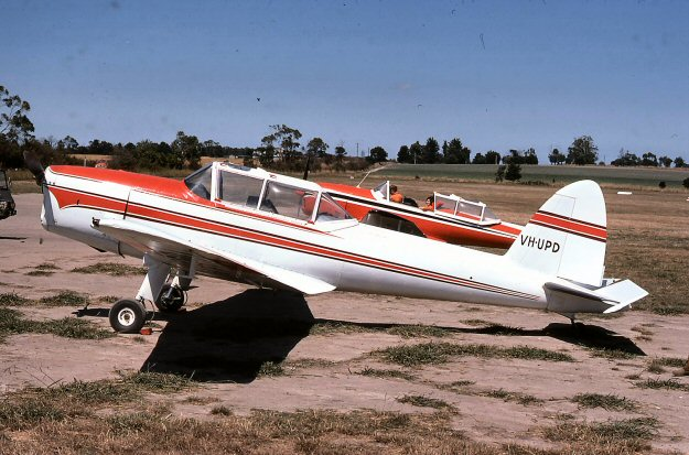 VH-BAD 1976 at Berwick, Victoria. Photo by Chris O'Neill