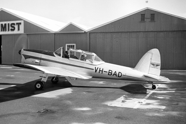 VH-UPD as VH-BAD in 1966 at Parafield airport.  Photo by Geoff Goodall
