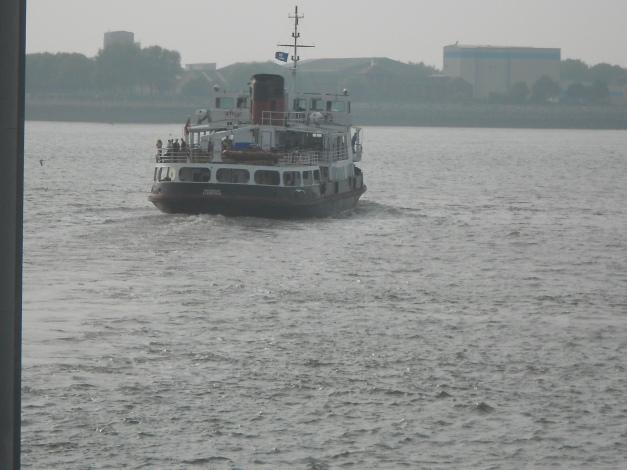 Mersey Ferry enroute to Birkenhead