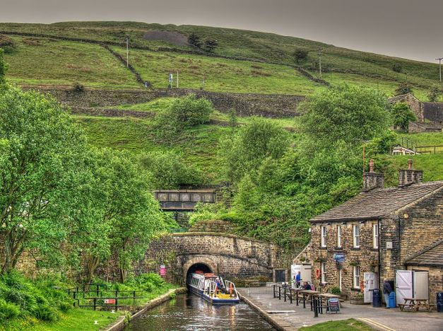 Standedge Canal Tunnel Photo by 54north