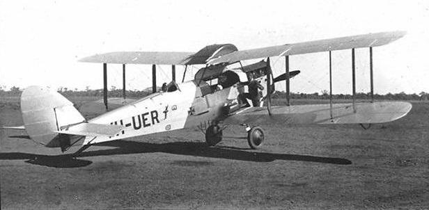 De Havilland D50A VH-UER